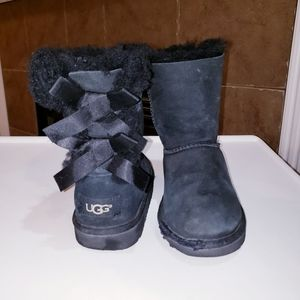 UGG BAILEY BOW PULL ON SUEDE & SHEARLING BOOTS